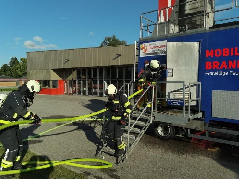 Übung: Brandcontainer Atemschutz